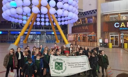 St. Peter's Junior School Sing at The O2!