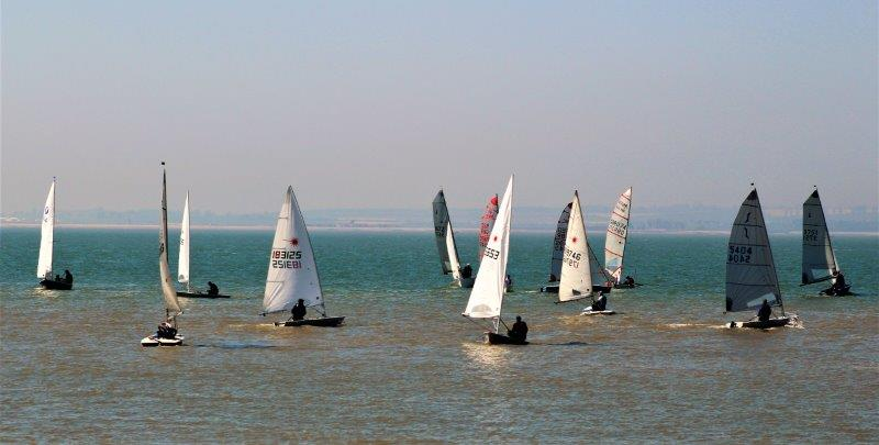 Sun, Sea and Sailing at the Whitstable YC Family Fun Day