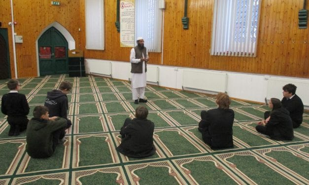 Mosque visit makes learning meaningful